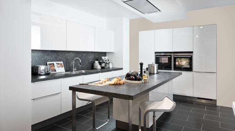 design k chen prima k chen lobenstein. Black Bedroom Furniture Sets. Home Design Ideas